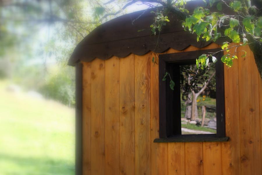 tiny house peer detail raam