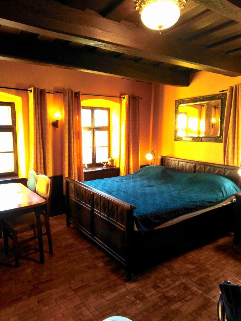 Dobra luka holiday home Table Bed livingroom no17